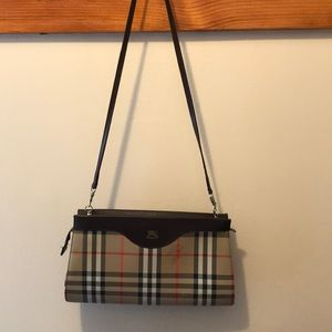 Burberry shoulder clutch